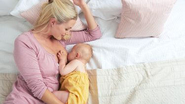 Best breastfeeding positions: Side-lying position